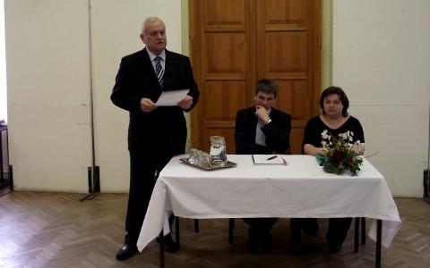 Vállalkozói fórum az Új Széchenyi Tervrõl