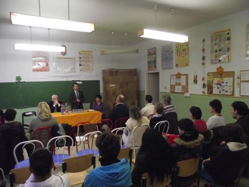 Nagybörzsönyben és Kóspallagon is egyeztettek az iskolákról