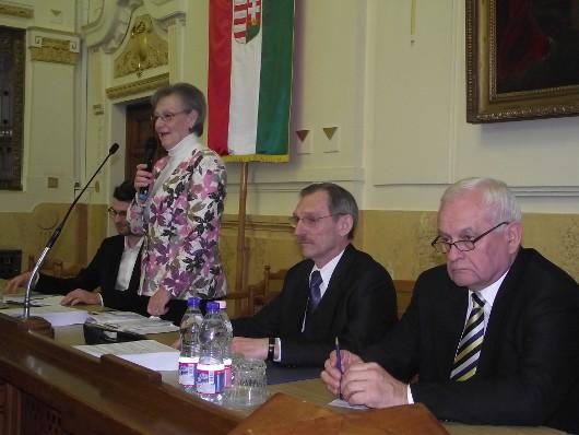 Pintér Sándor és Harrach Péter a KÉSZ nyíregyházi rendezvényén