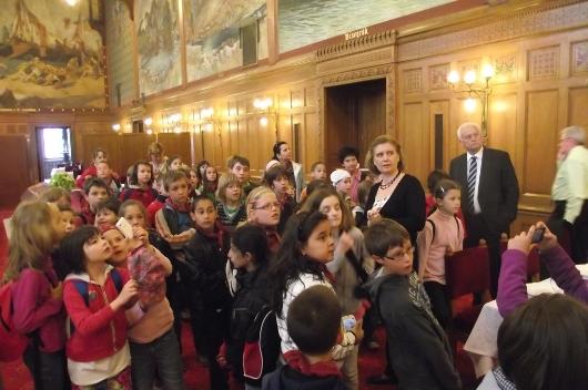 A nagymarosi Kittenberger Kálmán Általános Iskola diákjai a parlamentben