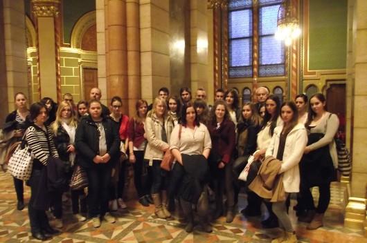 Harrach Péter meghívására a váci Madách gimnázium tanulói parlamentlátogatáson