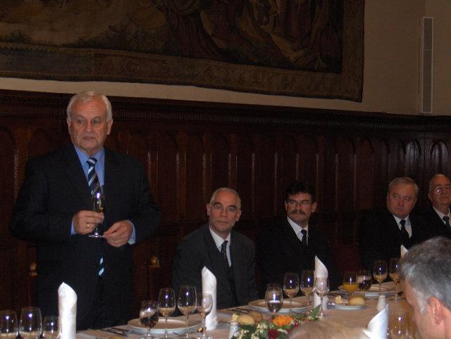 Harrach Péter parlamenti vacsorát adott a határon túli magyar püspököknek
